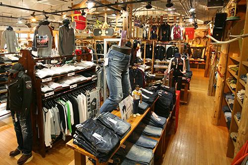 Jeans Navigator JEANS SHOP U(ジーンズショップU)店内の写真